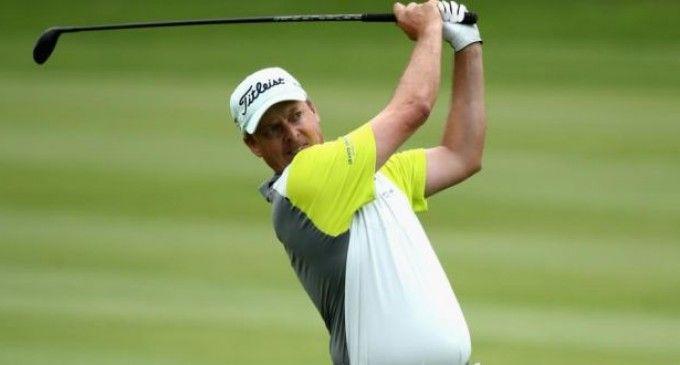 Nic Henning domine les commandes du Joburg Open