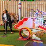 Putt-Putt réinventé: 7 parcours de golf miniature artistiques Big On Fun