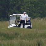 Donald Trump s'en prend à Barack Obama pour avoir joué au golf pendant le verrouillage