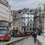 Le verrouillage du coronavirus se relâche en Angleterre, plus d'exercice autorisé