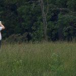 Trump célèbre le Memorial Day en défendant son week-end de golf alors que le nombre de morts dans le coronavirus américain s'approche de 100 000