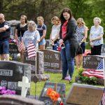 Un jour commémoratif bouleversé trouve toujours des moyens d'honorer les anciens combattants