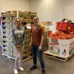 Un travailleur de Dallas Food Pantry reçoit un coup de pouce pendant la pandémie: une promotion