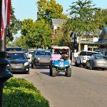 Les voiturettes de golf au centre-ville se révèlent être un succès majeur à Ocean Springs, Pascagoula