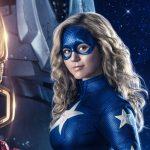 Mardi 19 mai: Une étudiante de deuxième année obtient des super pouvoirs dans «DC's Stargirl» - Channel Guide Magazine