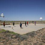 Alors que les Amérindiens combattent le virus, le basket-ball prend un temps mort | WTOP