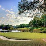 Les terrains de golf sont-ils ouverts aux joueurs? Aucun État n'a désormais de fermetures