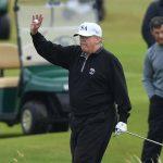 Le décès d'un coronavirus américain près de 100 000 alors que Trump profite du week-end du Memorial Day pour jouer au golf