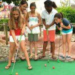 Meilleurs terrains de golf miniatures pour les enfants et les familles du New Jersey | Maman Poppins - Choses à faire avec les enfants