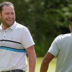 `` Il n'y avait pas d'autre option '': pendant une pause dans le golf, Erik Barnes prend un emploi Publix pour subvenir aux besoins de sa famille