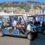 Les gens riches aiment les voiturettes de golf qui ne sont pas sur les terrains de golf